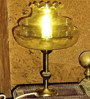 alte lampe bernsteinfarben