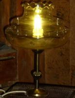 Foto 3 alte lampe bernsteinfarben