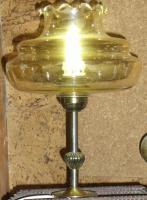 Foto 7 alte lampe bernsteinfarben