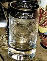 Foto 3 altes kleines glas mit platin rand