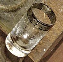 Foto 7 altes kleines glas mit platin rand