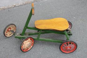 altes mechanisches Dreirad, Lilliput, Draisen von ca. 1925