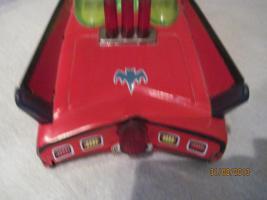 Foto 5 altes rotes blechspielzeug batmobil mit karton