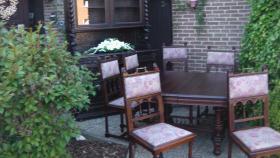 Foto 12 antik esszimmer schrank und tisch mit 6 stüle