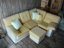 antique möbel , persa tepiche , pelzmäntel sport geräte , cds , koppenhaagen geschirr....