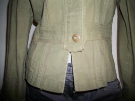 Foto 3 +++ apart +++ kurze Jacke + khaki oliv + S/M + wie neu