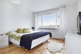 Foto 3 apartament 2 Zimmer voll ausgestattete und m�blierte