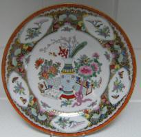 asiatischer Teller