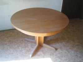 ausziehbarer Tisch + Sessel