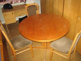 Foto 2 ausziehbarer Tisch + Sessel