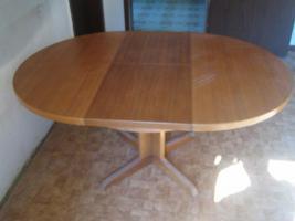 Foto 3 ausziehbarer Tisch + Sessel