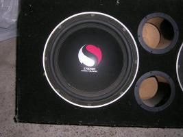 Foto 2 basskiste mit zwei 30er kicker solobaric bässen