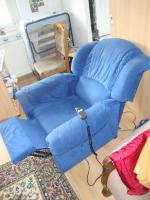 bequemer elektrisch verstellbarer Sessel