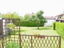 Foto 2 biete DHH  mit großen Garten von Privat
