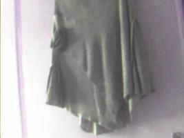 Foto 2 biete ein kostüm