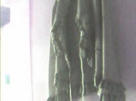 Foto 3 biete ein kostüm