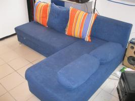 Foto 2 blaue ausziehbare Schlafcouch mit Bettkasten