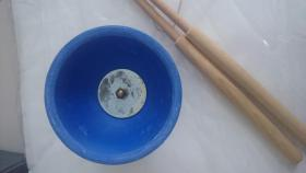 Foto 3 blaues Diabolo mit Holzsticks