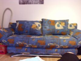 blaues Schlafsofa, kaum gebraucht, mit Bettkasten