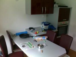 Foto 4 büro, wohn, schlafzimmer, flurschrank