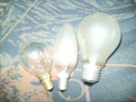 ca 40 Glühbirnen, E14/E27 25 bis 100W, 1mal 500W