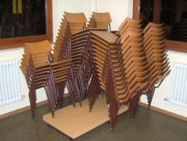 ca.120 Stühle aus einer Gaststätte