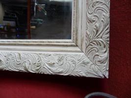 Foto 2 dekorativer Wandspiegel mit Holzrahmen 51x71