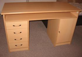 Foto 4 diverse Möbel fürs Büro