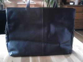 Foto 7 diverse Taschen, alle gut erhalten, kleiner Preis, schaut euch die Fotos an !!!