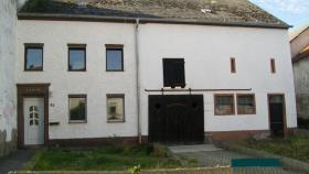 ein Einfamilienhaus