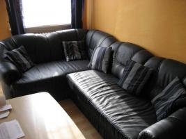 fast neue Leder-Couch