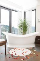 freistehende Badewanne inkl. Armatur
