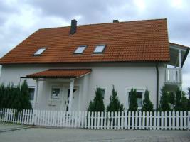 freistehende Einfamilienhaus mit Einliegerwohnung
