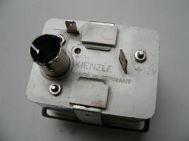 Foto 2 funktionstüchtig, Original Kienzle-Oldtimer-Autouhr 12 V, aus den 1970ern