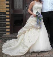 *ganz besonderes Braut-/Ballkleid von Imogene*