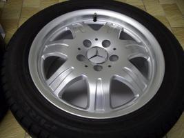 Foto 2 gepflegte SLK Mercedes Benz 7 Speichen Leichtschmiedefelgen 16 Zoll ( 7 x 16 ET 34 mm )