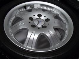 Foto 4 gepflegte SLK Mercedes Benz 7 Speichen Leichtschmiedefelgen 16 Zoll ( 7 x 16 ET 34 mm )