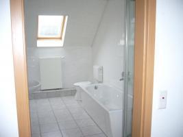 Foto 2 große ruhige 3 Zimmer Wohnung auf dem Lande