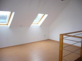 Foto 9 große ruhige 3 Zimmer Wohnung auf dem Lande