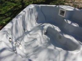 Foto 3 großen Außenwhirlpool für 4-5 Pers.