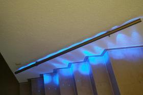 handlauf gel nder mit led beleuchtung zum selber bauen solarbetr m glich handlauf led bausatz. Black Bedroom Furniture Sets. Home Design Ideas