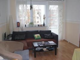 Foto 2 helle 3 Zimmer wohnung mit EBK und Balkon
