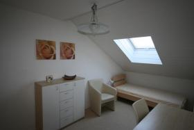 Foto 2 helles moebliertes Zimmer an Wochenendheimfahrer/in zu vermieten