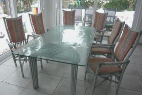 hochwertige Esstischgarnitur mit 6 Stühlen - Atelier Schütz