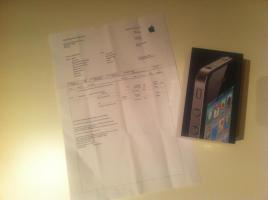 iPhone 4 unlocked 16GB in schwarz