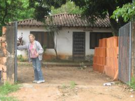 Foto 2 ich verkaufe ein hause in capiata Paraguay weg 1 kilometrer 16/5