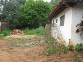 Foto 6 ich verkaufe ein hause in capiata Paraguay weg 1 kilometrer 16/5