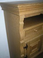 Foto 2 individuelles Möbel, Einzelstück in Eiche gelaugt und geschruppt