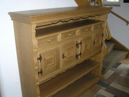 Foto 5 individuelles Möbel, Einzelstück in Eiche gelaugt und geschruppt