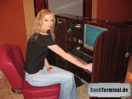 internettische internetterminal surf kiosk münzterminal münzprüfer kiosksysteme spielhalle casino wettautomat internetcafe cashterminal